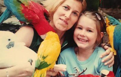 Miss Global Karolína Kokešová: podívejte se, jak vypadala v dětství!
